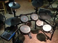 ALESIS DM10  6piece kit with mesh head upgrade