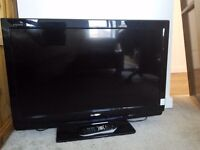 """Sharp Aquos 32"""" LCD Digital TV with Freeview Good Condition Can Deliver"""