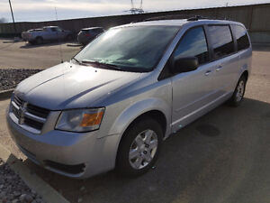 2008 Dodge Grand Caravan Active and Low Mileage