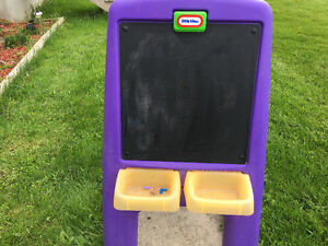 Little tykes art easel
