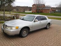 2001 Lincoln Town Car Cartier                SOLD AS IS WHERE IS