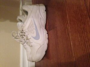Nike size 8 shoes Cornwall Ontario image 1