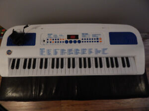 Kids Keyboard-great condition