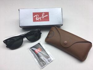 BNIB Ray-Ban New Wayfarer Classic RB2132