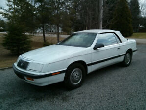 Chrysler Lebaron decapotable 1989