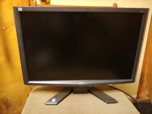 Acer 21 inch computer monitor