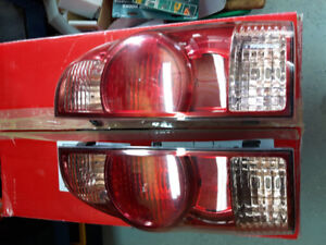 Toyota tacoma tail lights fits 05 to 12