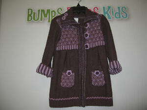 Girl's 2T Long sleeve sweater