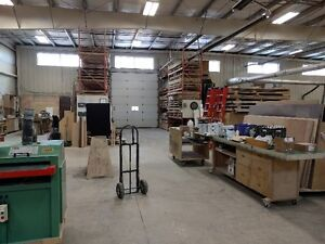 Industrail Warehouse on Busy Strip for Sales or Lease Regina Regina Area image 2