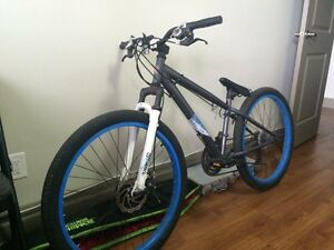 MENS HARDTAIL MOUNTAIN BIKES. SCHWINN/RBK