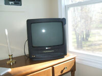 "14"" TV/VCR combo"