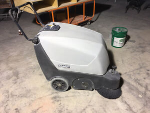 Power Floor Sweeper - Advance Terra 128B