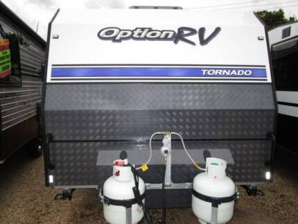 OPTION RV TORNADO FAMILY VAN, TRIPLE BUNKS