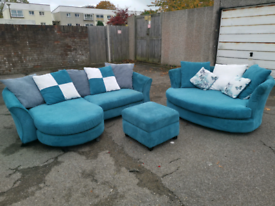 Stunning corner sofa, Cuddle Chair and footstool, local delivery poss