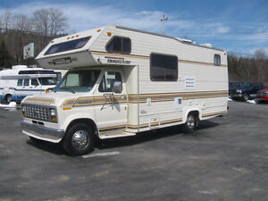24' Class C Travelaire. Warranty. Trades. Financing.