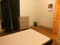 Double sized bedroom with garden Glouster Rd