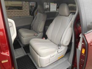 2014 Toyota Sienna XLE AWD 7-Passenger V6 Peterborough Peterborough Area image 18