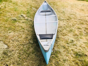 16 foot deep and wide fiberglass canoe