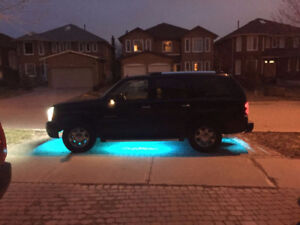 2003 Cadillac Escalade 2 owners, AWD, 24K Gold Plated Emblems