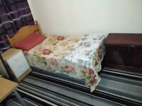 WESTMINSTER perfect single room available, view today!!