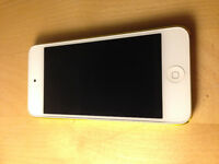 32GB Lime Greent iPod Touch 5th Generation - Free wallet case!