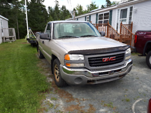 2006 1/2 Ton GMC Sierra truck for Sale