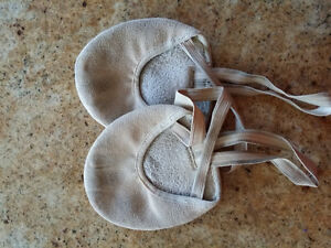 Bloch Lyrical Half Soles - Size small