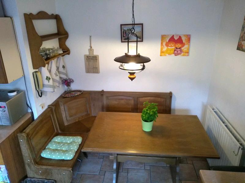 Incredible Table Corner Bench Plus Wall Shelf In Bedworth Warwickshire Gumtree Cjindustries Chair Design For Home Cjindustriesco