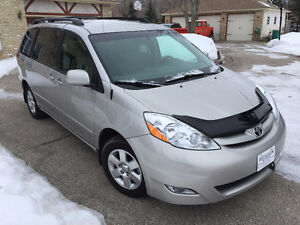 2008 Toyota Sienna LE V6 Remote Start 7 Passenger Finance OAC