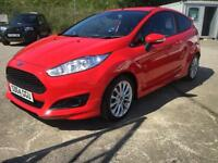 64 Ford Fiesta 1.0 Zetec S 125ps ) EcoBoost ( s/s ) only 9,000 Miles