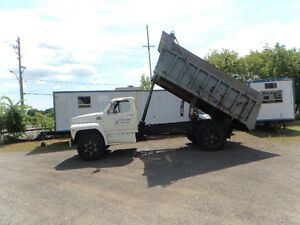 1985 Ford F 800 Dump Truck