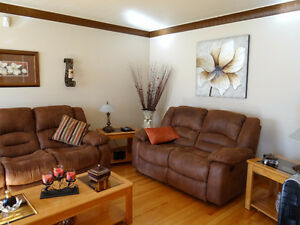 Cornwall Brick Bungalow 3 + 1 bedroom 2 Bathroom 816 Carleton Av Cornwall Ontario image 3
