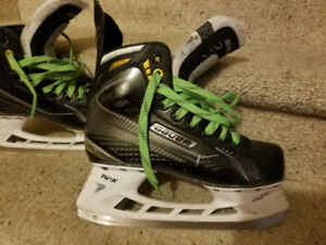 Hockey Equipment & Skates for sale (Youth)