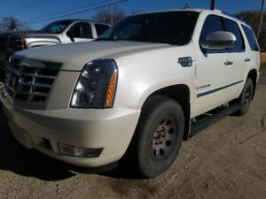 2007 Cadillac escalade low mileage