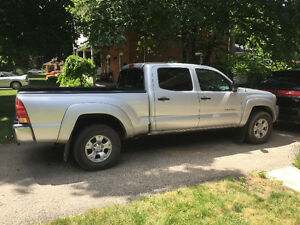 2008 Toyota Tacoma Pickup Truck Cambridge Kitchener Area image 1