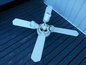 Ceilling fan.