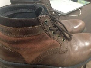 Mens Clarks boots size 10.5