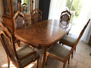 Table de cuisine et buffet Vaissellier