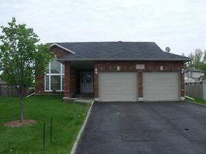 14 Winfield, All Brick house on a quiet dead end in New Sudbury