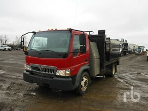 2008 IHC CF600 SERVICE/FLOAT TRUCK ONLY $8495 G-LICENCE