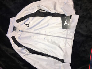 Jordan 2 piece set, for age 6-7 years, brand new