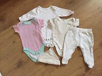 Baby girls clothes bundle - First size/newborn