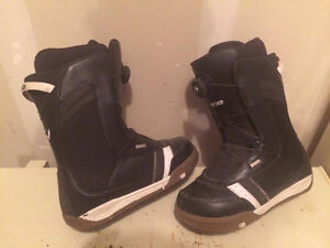 Ride snowboard boots Mens size 9