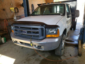 2000 Ford F-450 Camionnette