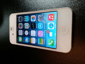 iPhone 4 8G Virgin Mobile/Bell