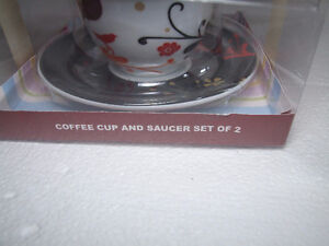 Brand new in box set of 4 tea cups and saucers London Ontario image 5