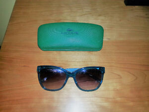 Sunglasses Lacoste