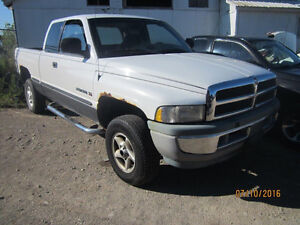LAST CHANCE PARTS! 1999 DODGE RAM @ PICNSAVE WOODSTOCK!