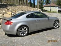 2005 Infiniti G35 gris argent Coupé (2 portes)