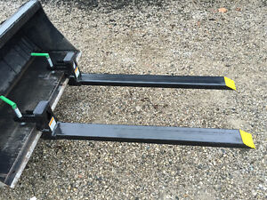 4000 lbs clamp on pallet forks